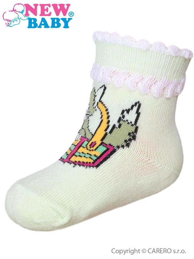 Dojčenské bavlnené ponožky New Baby zelené s mačičkou