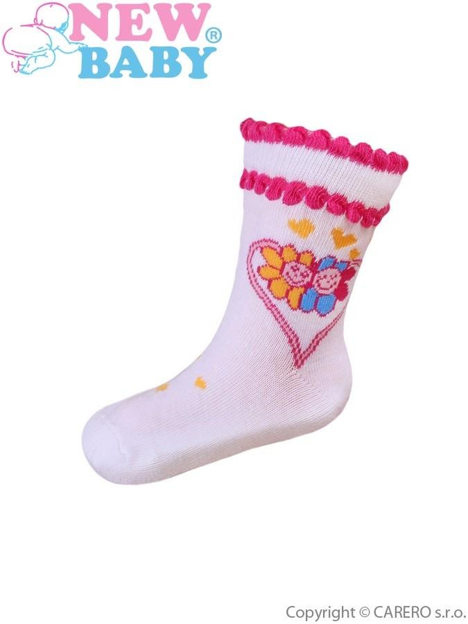 Dojčenské bavlnené ponožky New Baby biele so srdiečkom a kvetinkami
