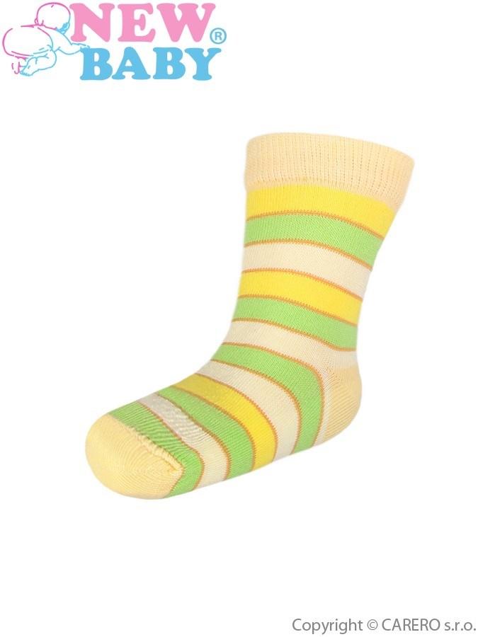 Detské ponožky New Baby s širokým pruhom žltozelené