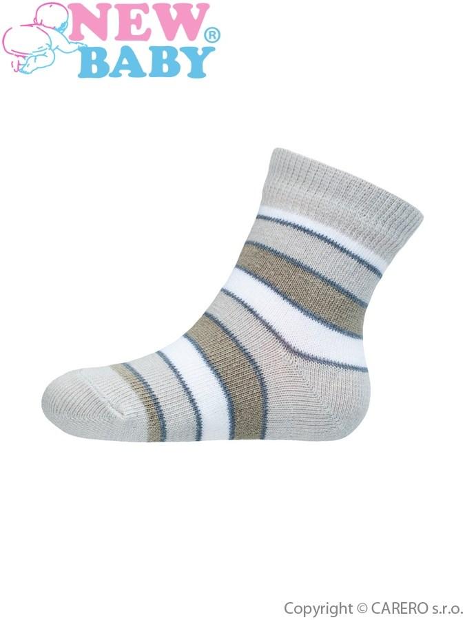 Dojčenské pruhované ponožky New Baby šedo-biele
