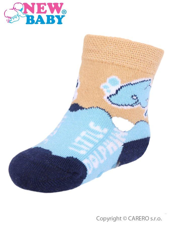Dojčenské ponožky New Baby s ABS modro-bežové s delfínom