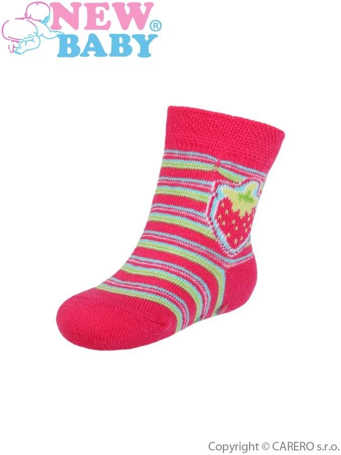 Dojčenské ponožky New Baby s ABS červené s prúžkami a jahôdkou
