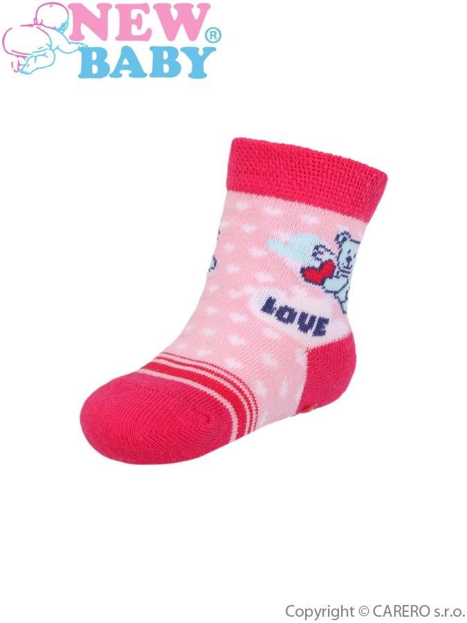 Dojčenské ponožky New Baby s ABS ružovo-červené s medvedíkom love