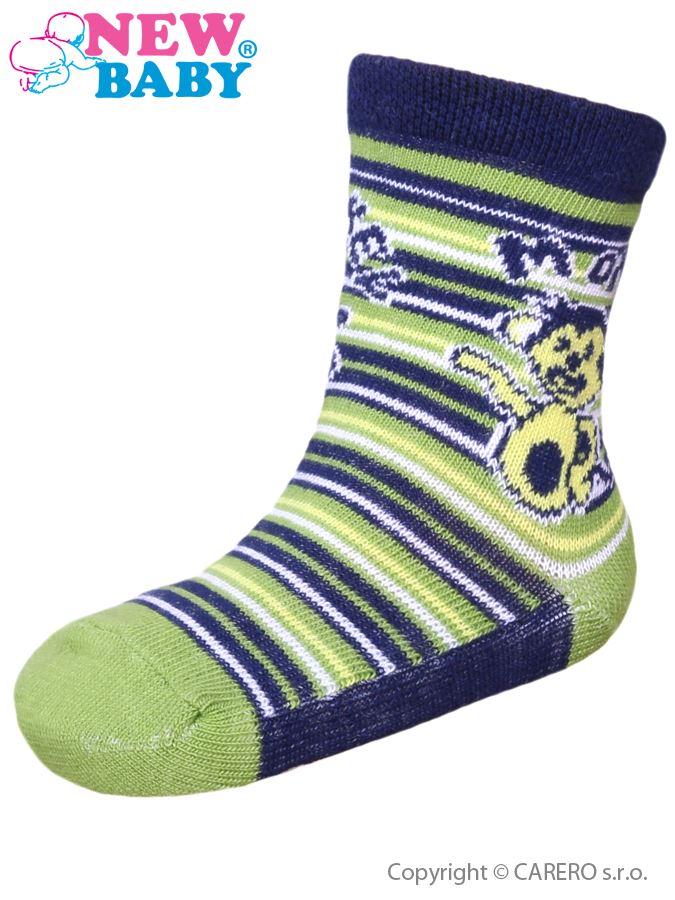 Dojčenské bavlnené ponožky New Baby zelené s opičkou