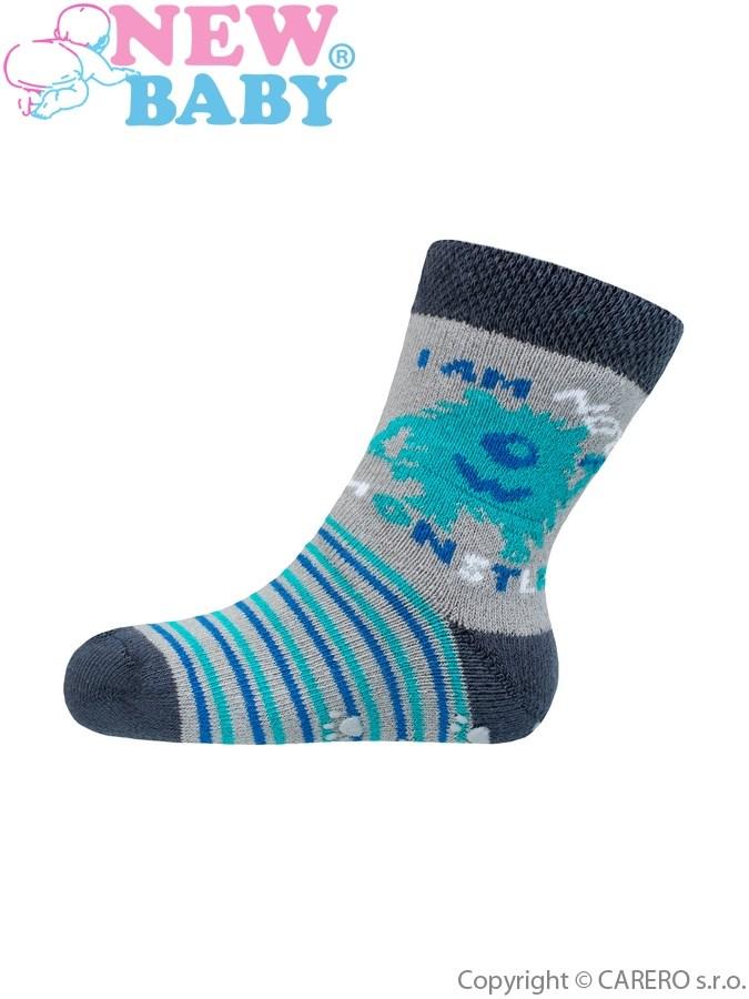 Dojčenské froté ponožky New Baby s ABS sivé monster